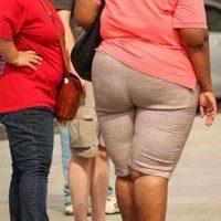 נשים הסובלות מהשמנת יתר